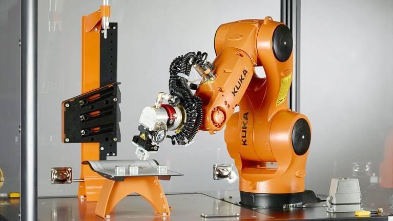 Промышленные роботы манипуляторы купить в Москве   Фолипласт